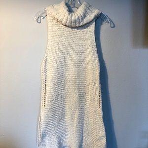 Billabong Sleeveless Sweater